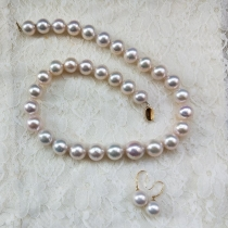 round freshwater pearl necklace set